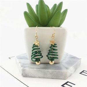 🎄Host Pick 🥳 Christmas Tree Spiral Earrings